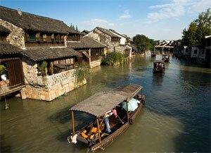wuzhen boat cruise