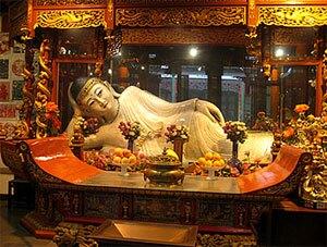 Reclining Buddha of Jade Buddha Temple